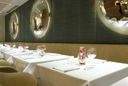 locanda-locatelli-restaurant-interior